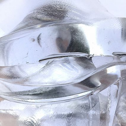 CRYSTAL CLEARS LIQUID GLASS